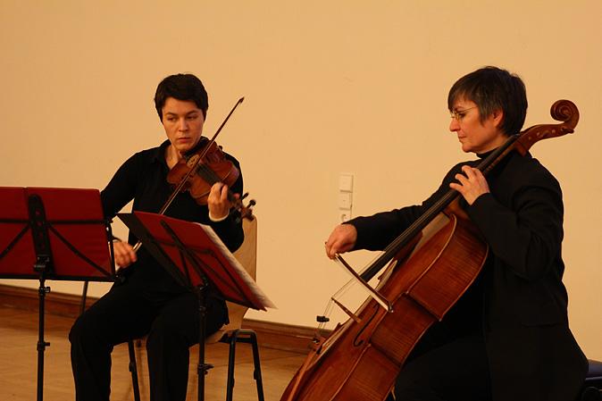 2_ Miriam Götze und Katja Kerstiens.jpg