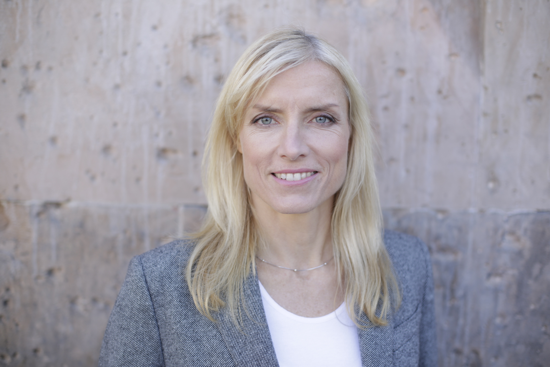 Dr. Katrin Albert.jpg